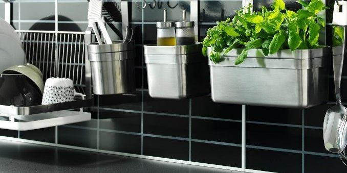 comment bien entretenir et nettoyer ses ustensiles de cuisine en inox. Black Bedroom Furniture Sets. Home Design Ideas