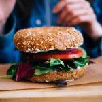 Les fast-foods se mettent au veggie: le végétarien est-il plus sain?